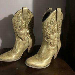 Women's size 8 cowboy boots